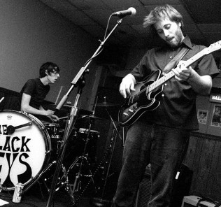 the black keys pic 1