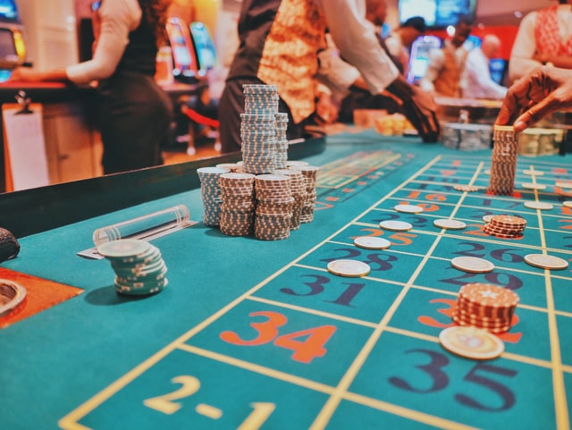Why is it cool to play at the online casino? | TheXboxHub